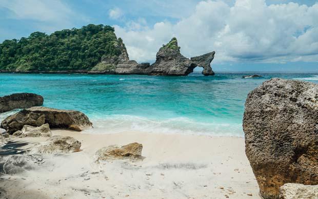 Atuh Beach Nusa Penida Tour