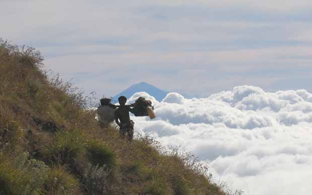 Rinjani Summit Trek 2 Day 1 Night Rinjani Trekking Tour